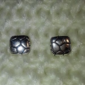 3 for $15 🌟 Silver Color Earrings
